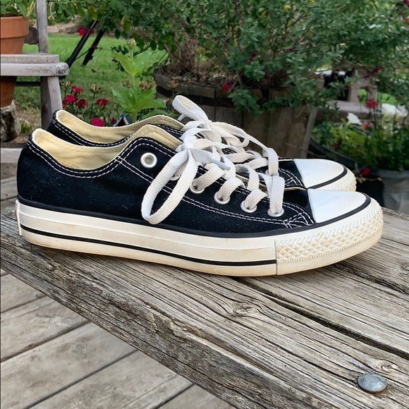 converse style shoes for wide feet